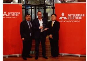 Entrega del sello del programa de Calidad de Diamond Club de Mitsubishi Electric